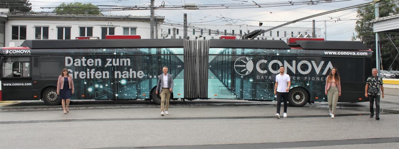 conova Bus des Monats September 2021 Daten zum Greifen nahe